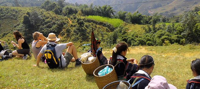 Sapa tour 2 days 1 night by day bus( overnight hotel)